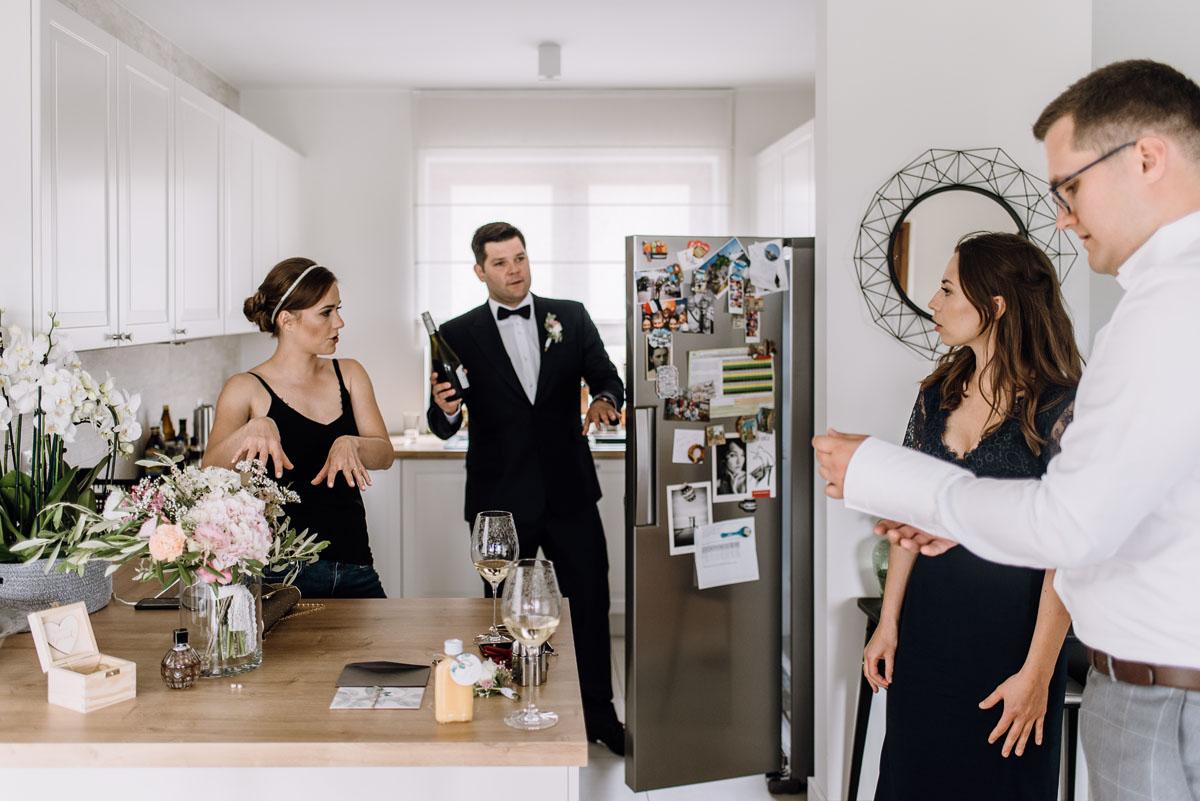 alternatywny-slub-wesele-w-stylu-slow-wedding-szklana-stodola-Bozenkowo-Swietliste-fotografujemy-emocje-Magda-Jakub-012