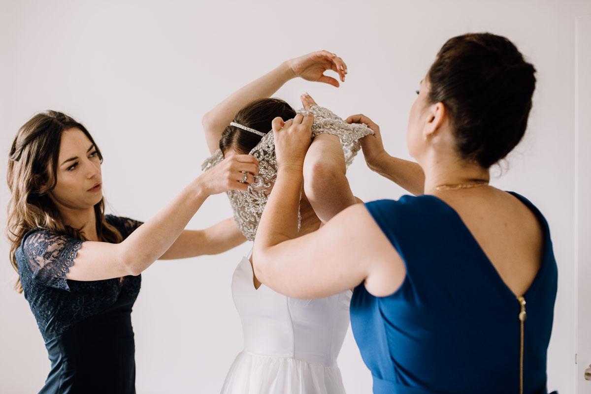 alternatywny-slub-wesele-w-stylu-slow-wedding-szklana-stodola-Bozenkowo-Swietliste-fotografujemy-emocje-Magda-Jakub-021
