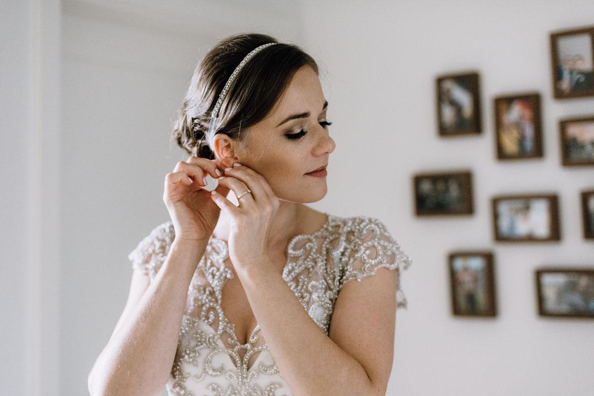 alternatywny-slub-wesele-w-stylu-slow-wedding-szklana-stodola-Bozenkowo-Swietliste-fotografujemy-emocje-Magda-Jakub-023