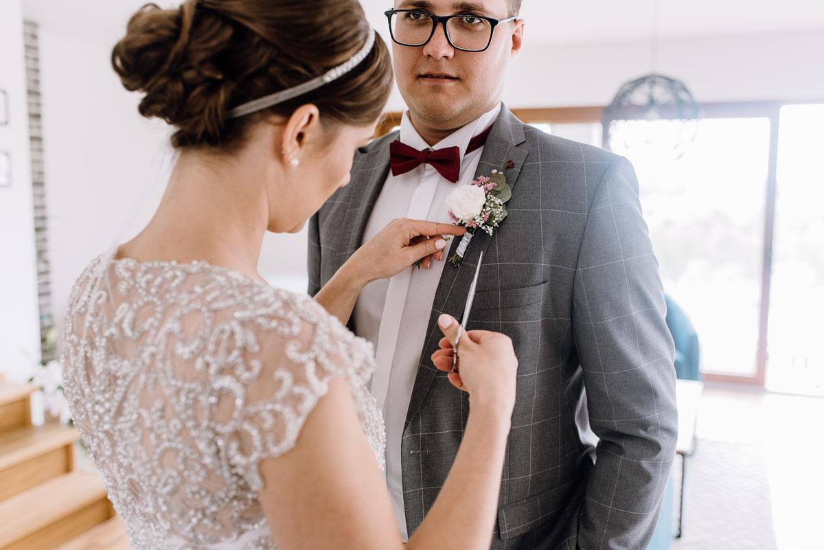 alternatywny-slub-wesele-w-stylu-slow-wedding-szklana-stodola-Bozenkowo-Swietliste-fotografujemy-emocje-Magda-Jakub-028