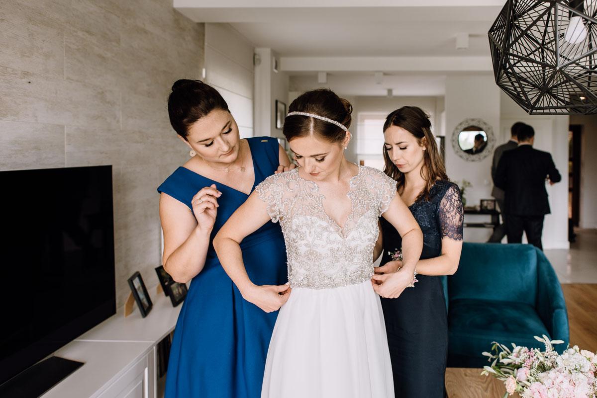 alternatywny-slub-wesele-w-stylu-slow-wedding-szklana-stodola-Bozenkowo-Swietliste-fotografujemy-emocje-Magda-Jakub-030