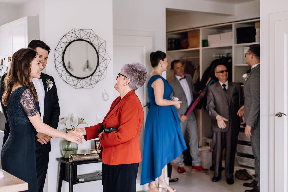 alternatywny-slub-wesele-w-stylu-slow-wedding-szklana-stodola-Bozenkowo-Swietliste-fotografujemy-emocje-Magda-Jakub-034
