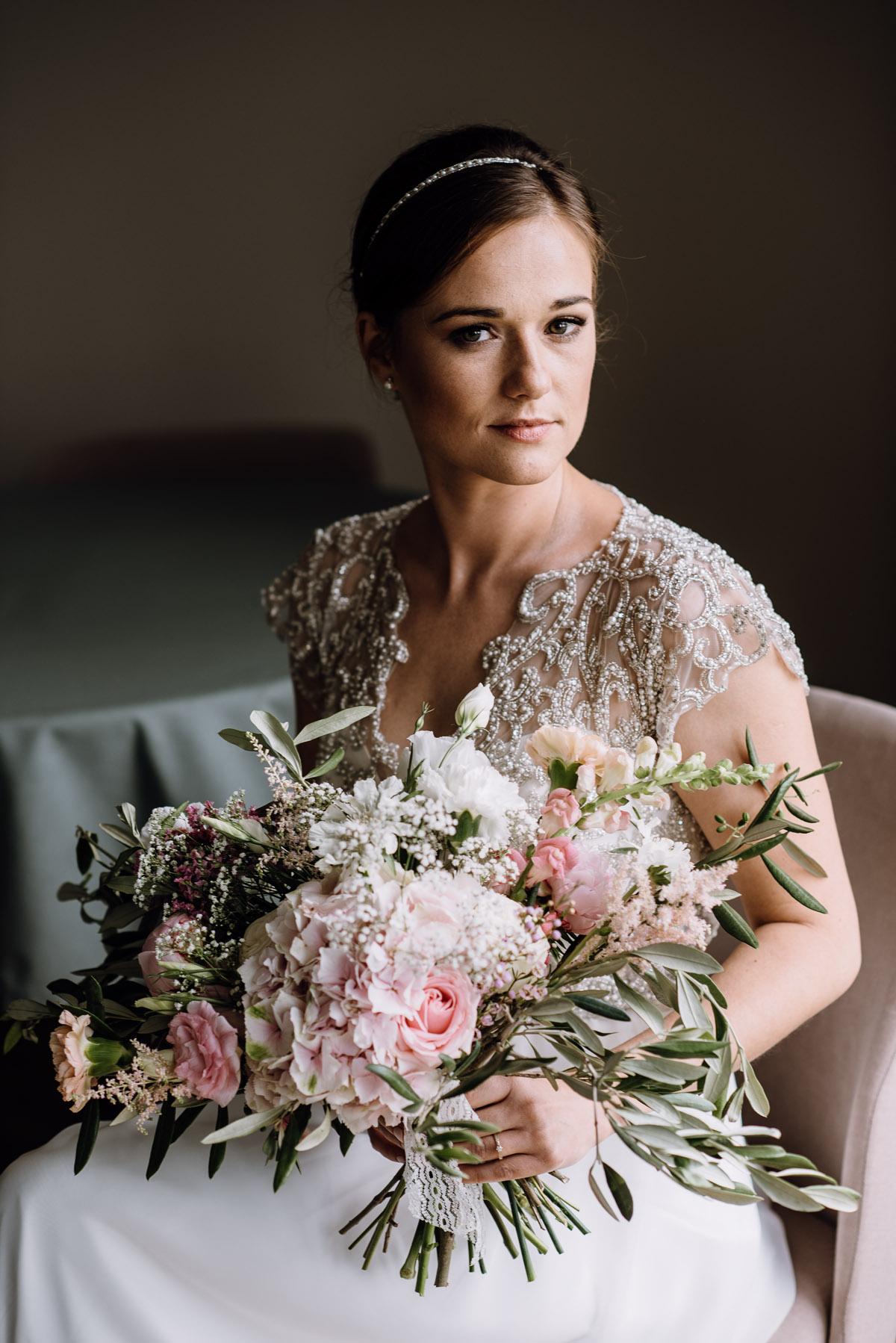 alternatywny-slub-wesele-w-stylu-slow-wedding-szklana-stodola-Bozenkowo-Swietliste-fotografujemy-emocje-Magda-Jakub-045