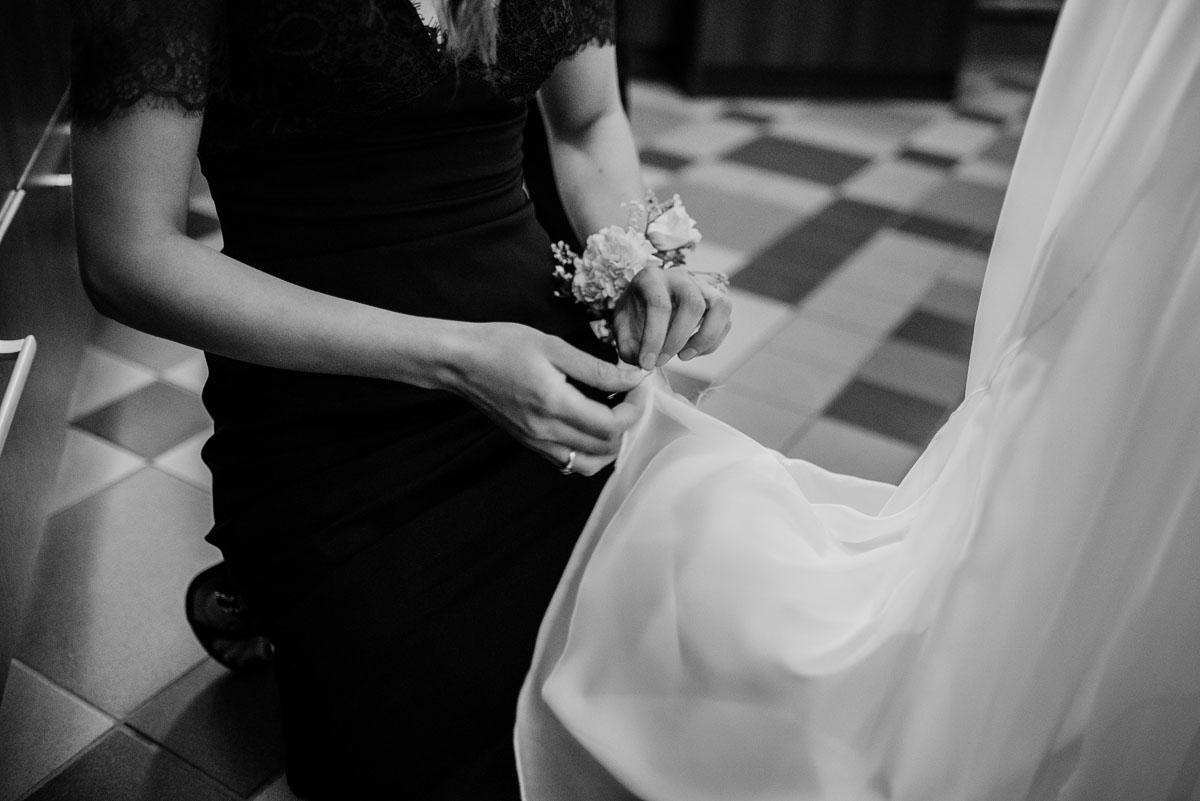 alternatywny-slub-wesele-w-stylu-slow-wedding-szklana-stodola-Bozenkowo-Swietliste-fotografujemy-emocje-Magda-Jakub-056