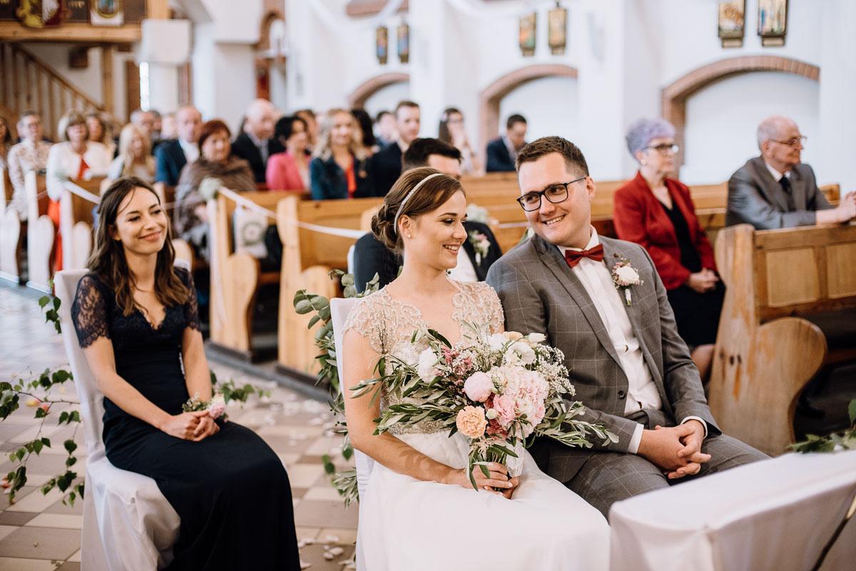 alternatywny-slub-wesele-w-stylu-slow-wedding-szklana-stodola-Bozenkowo-Swietliste-fotografujemy-emocje-Magda-Jakub-069
