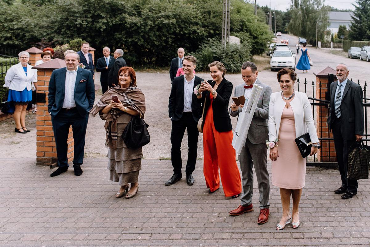 alternatywny-slub-wesele-w-stylu-slow-wedding-szklana-stodola-Bozenkowo-Swietliste-fotografujemy-emocje-Magda-Jakub-099
