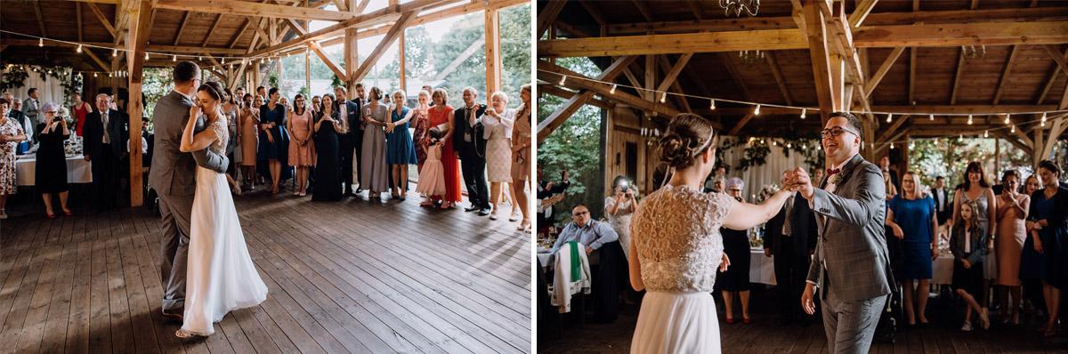 alternatywny-slub-wesele-w-stylu-slow-wedding-szklana-stodola-Bozenkowo-Swietliste-fotografujemy-emocje-Magda-Jakub-155