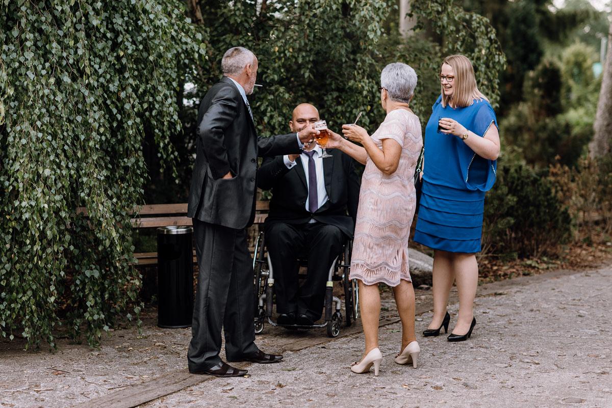 alternatywny-slub-wesele-w-stylu-slow-wedding-szklana-stodola-Bozenkowo-Swietliste-fotografujemy-emocje-Magda-Jakub-197