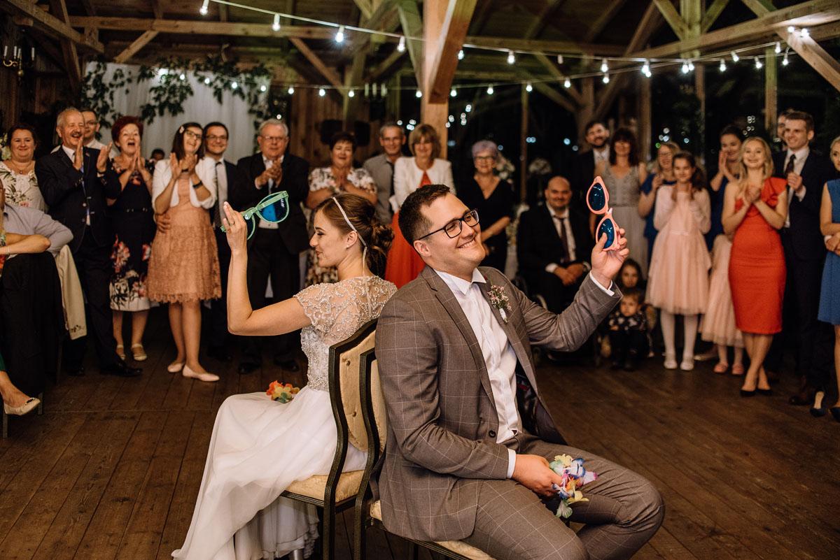 alternatywny-slub-wesele-w-stylu-slow-wedding-szklana-stodola-Bozenkowo-Swietliste-fotografujemy-emocje-Magda-Jakub-258