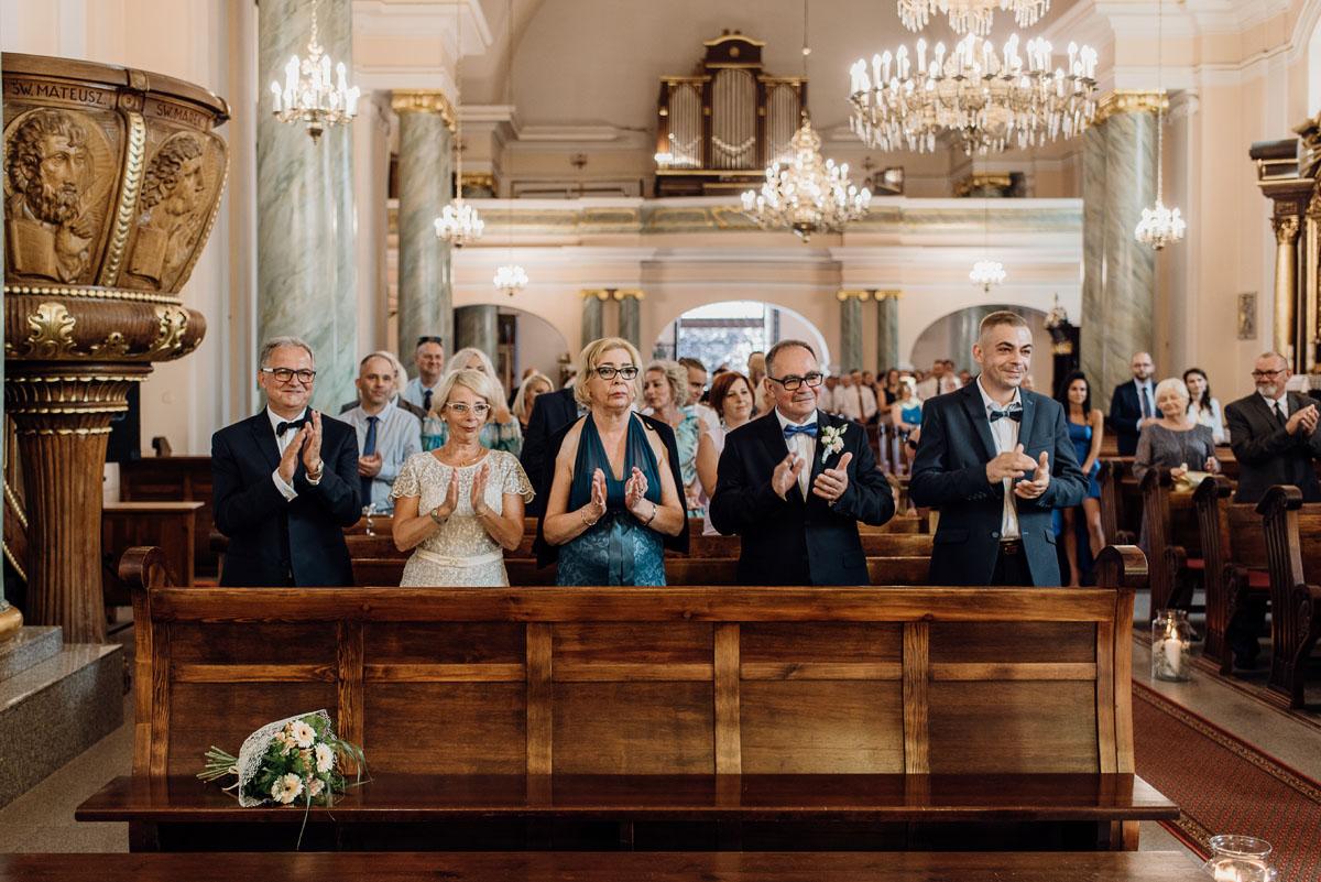 reportaz-slubny-Karczma-Goralska-Gazdowka-kosciol-sw-Mikolaja-Bydgoszcz-Tamara-Jacek-075