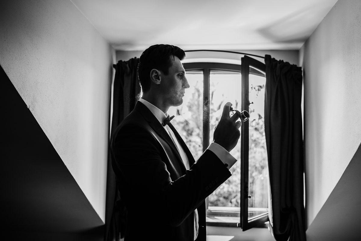 reportaz-slubny-dwor-Hulanka-kosciol-Chrystusa-Krola-Swietliste-fotografujemy-emocje-Bydgoszcz-Ewelina-Artur-027
