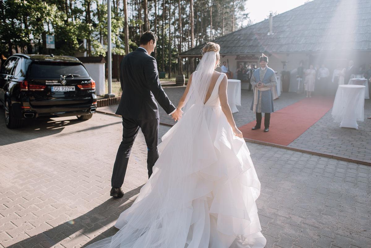 reportaz-slubny-dwor-Hulanka-kosciol-Chrystusa-Krola-Swietliste-fotografujemy-emocje-Bydgoszcz-Ewelina-Artur-103