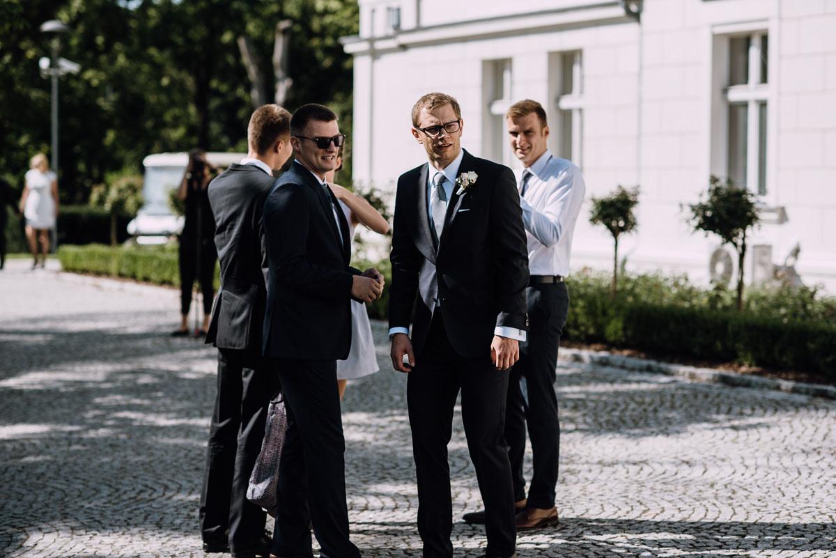 Palac-Romantyczny-Turzno-reportaz-slubny-Torun-slub-plenerowy-cywilny-Joanna-Milosz-038