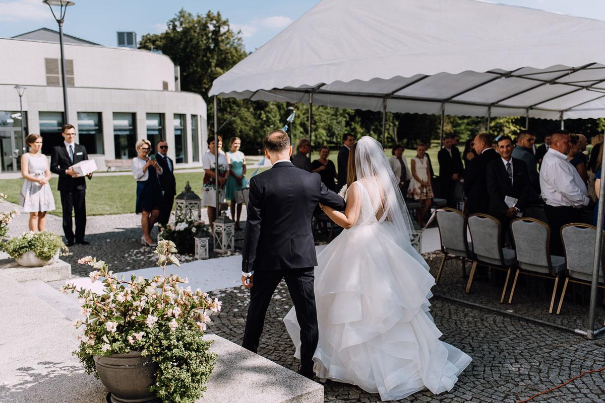 Palac-Romantyczny-Turzno-reportaz-slubny-Torun-slub-plenerowy-cywilny-Joanna-Milosz-053