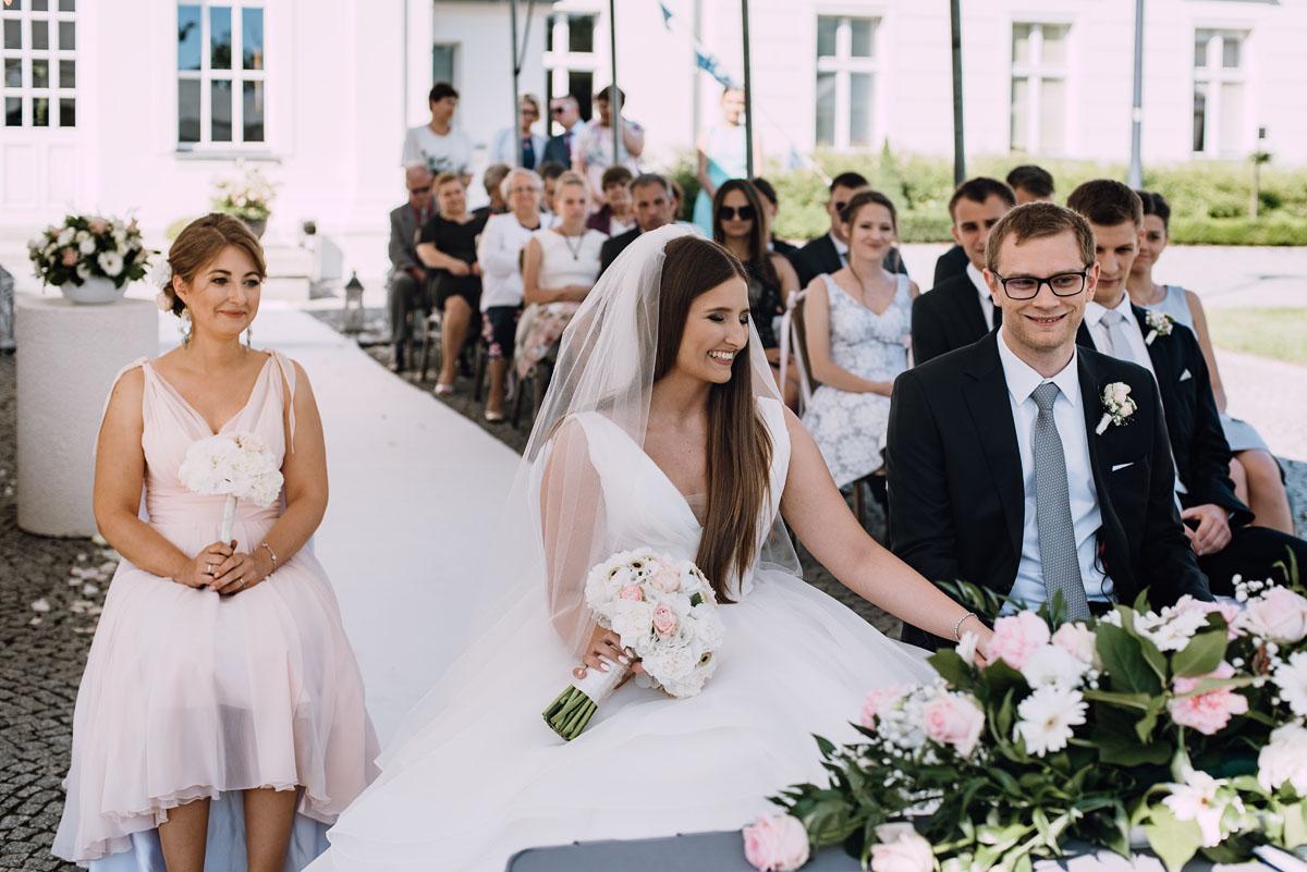 Palac-Romantyczny-Turzno-reportaz-slubny-Torun-slub-plenerowy-cywilny-Joanna-Milosz-079