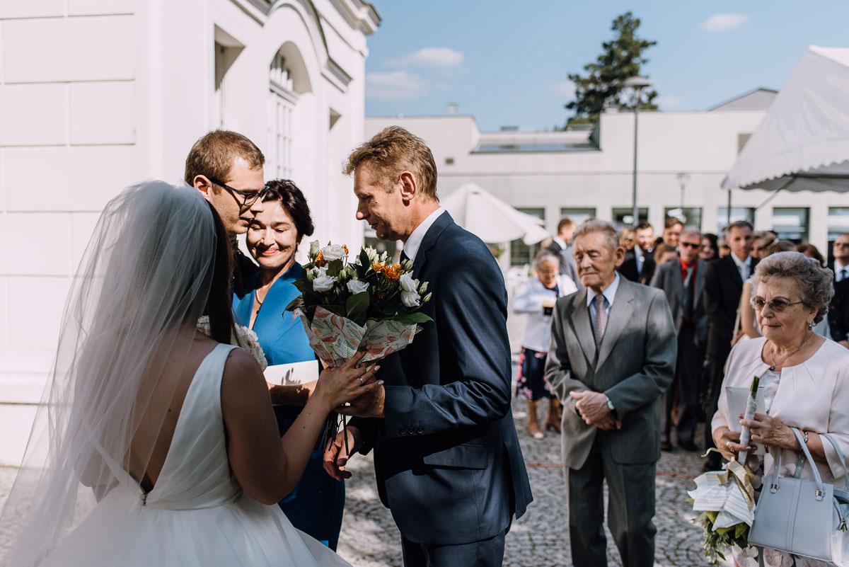 Palac-Romantyczny-Turzno-reportaz-slubny-Torun-slub-plenerowy-cywilny-Joanna-Milosz-091