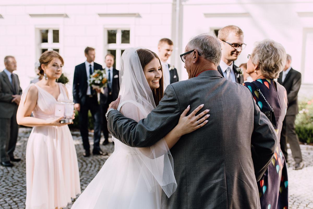 Palac-Romantyczny-Turzno-reportaz-slubny-Torun-slub-plenerowy-cywilny-Joanna-Milosz-094