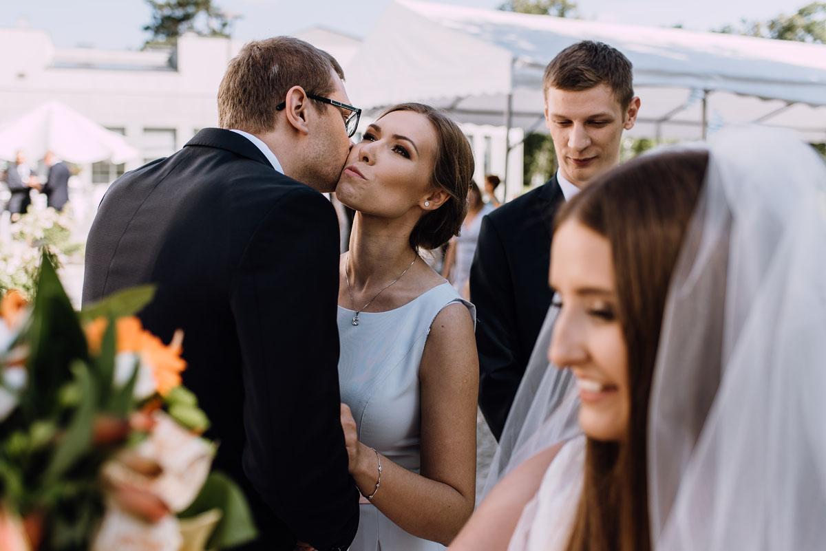 Palac-Romantyczny-Turzno-reportaz-slubny-Torun-slub-plenerowy-cywilny-Joanna-Milosz-101