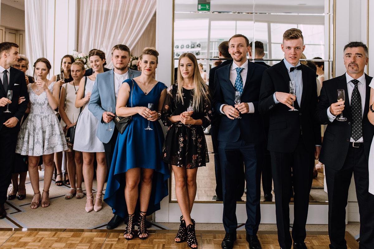 Palac-Romantyczny-Turzno-reportaz-slubny-Torun-slub-plenerowy-cywilny-Joanna-Milosz-114