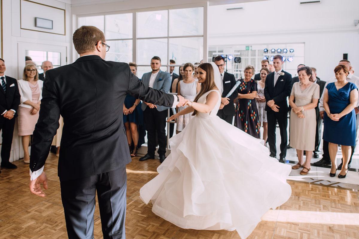 Palac-Romantyczny-Turzno-reportaz-slubny-Torun-slub-plenerowy-cywilny-Joanna-Milosz-127