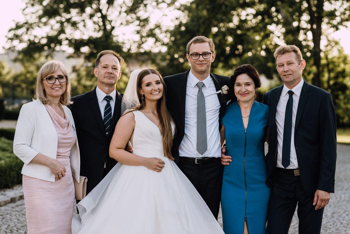Palac-Romantyczny-Turzno-reportaz-slubny-Torun-slub-plenerowy-cywilny-Joanna-Milosz-163
