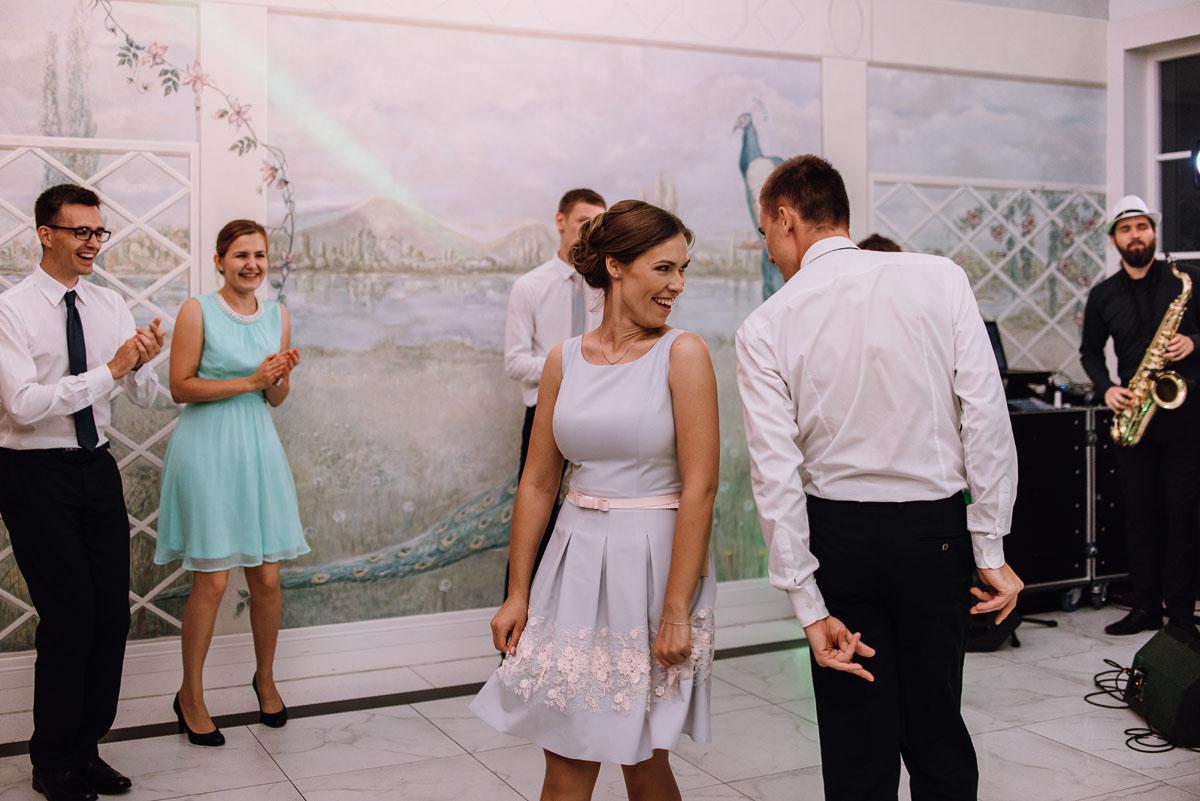 Palac-Romantyczny-Turzno-reportaz-slubny-Torun-slub-plenerowy-cywilny-Joanna-Milosz-168