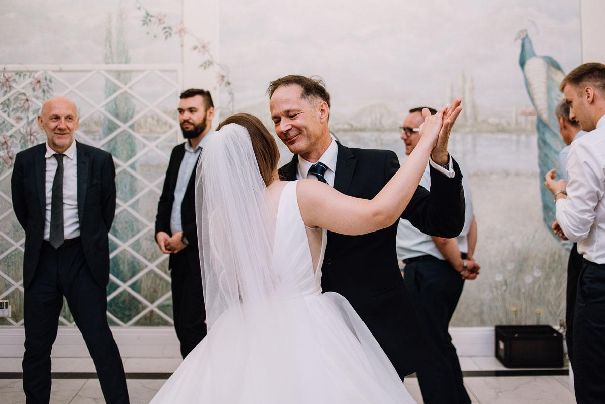 Palac-Romantyczny-Turzno-reportaz-slubny-Torun-slub-plenerowy-cywilny-Joanna-Milosz-214