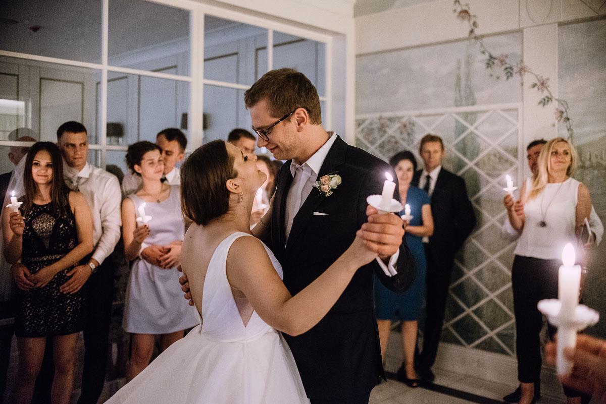 Palac-Romantyczny-Turzno-reportaz-slubny-Torun-slub-plenerowy-cywilny-Joanna-Milosz-240