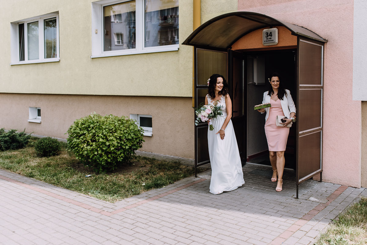 reportaz-slubny-Bazylika-sw-Wincentego-a-Paulo-Bydgoszcz-restauracja-Ogniem-Mieczem-Bydgoszcz-Hanna-Damian- 033