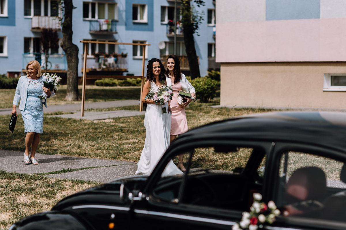 reportaz-slubny-Bazylika-sw-Wincentego-a-Paulo-Bydgoszcz-restauracja-Ogniem-Mieczem-Bydgoszcz-Hanna-Damian- 035