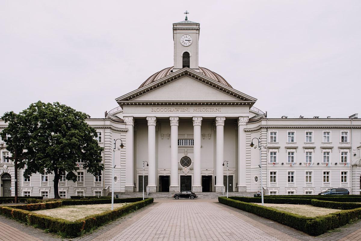 reportaz-slubny-Bazylika-sw-Wincentego-a-Paulo-Bydgoszcz-restauracja-Ogniem-Mieczem-Bydgoszcz-Hanna-Damian- 037