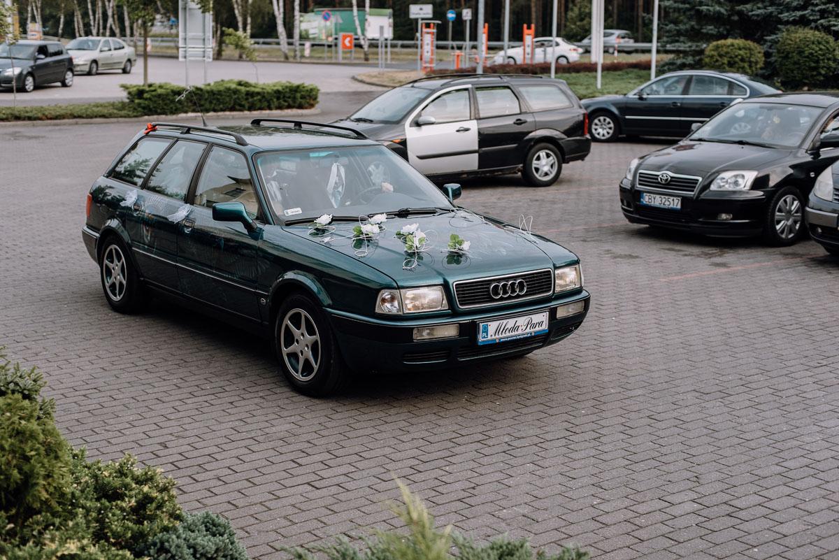 reportaz-slubny-Hotel-Autos-slub-parafia-Nawrocenia-sw-Pawla-Solec-Kujawski-Swietliste-Daniela-Maciej-101
