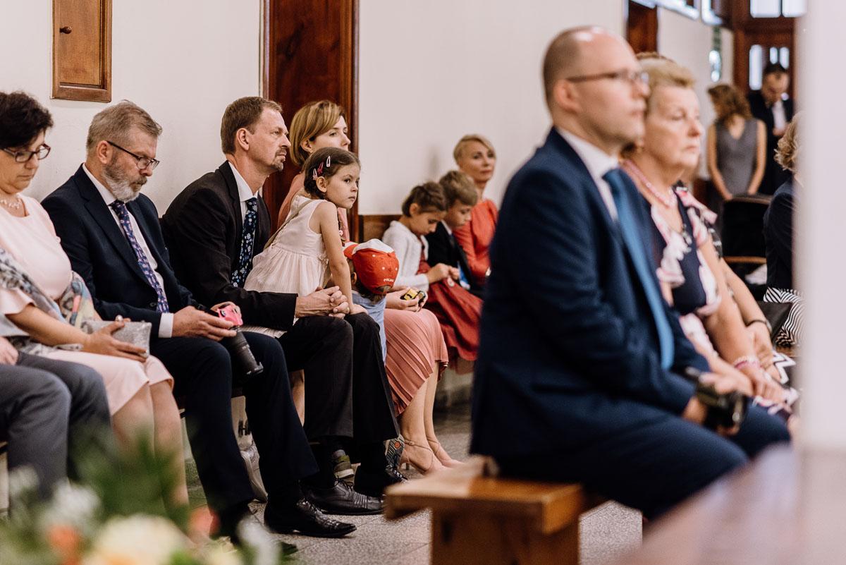reportaz-slubny-parafia-NMP-Wspomozenia-Wiernych-Aleksandrow-Kujawski-wesele-hotel-Amazonka-Ciechocinek-Joanna-Adam-057