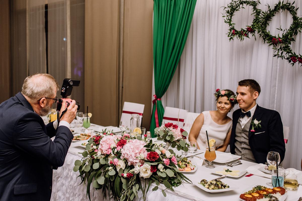 reportaz-slubny-parafia-NMP-Wspomozenia-Wiernych-Aleksandrow-Kujawski-wesele-hotel-Amazonka-Ciechocinek-Joanna-Adam-141