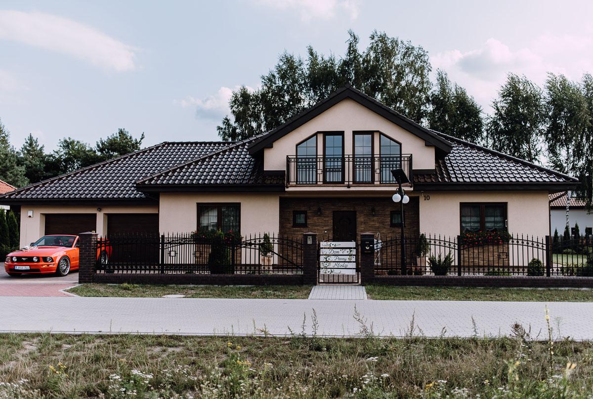 reportaz-slubny-parafia-NMP-Wspomozycielki-Wiernych-Niemcz-restauracja-Maestra-Opera-Nova-Bydgoszcz-Monika-Adrian-046