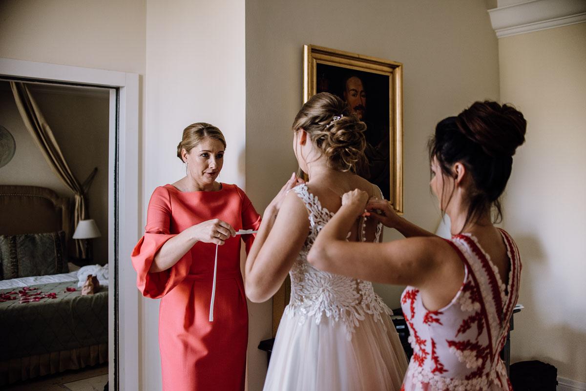 slub-plenerowy-w-kolorze-rozowego-szampana-natalia-i-kazimierz-palac-romantyczny-turzno-swietliste-fotografujemy-emocje-037