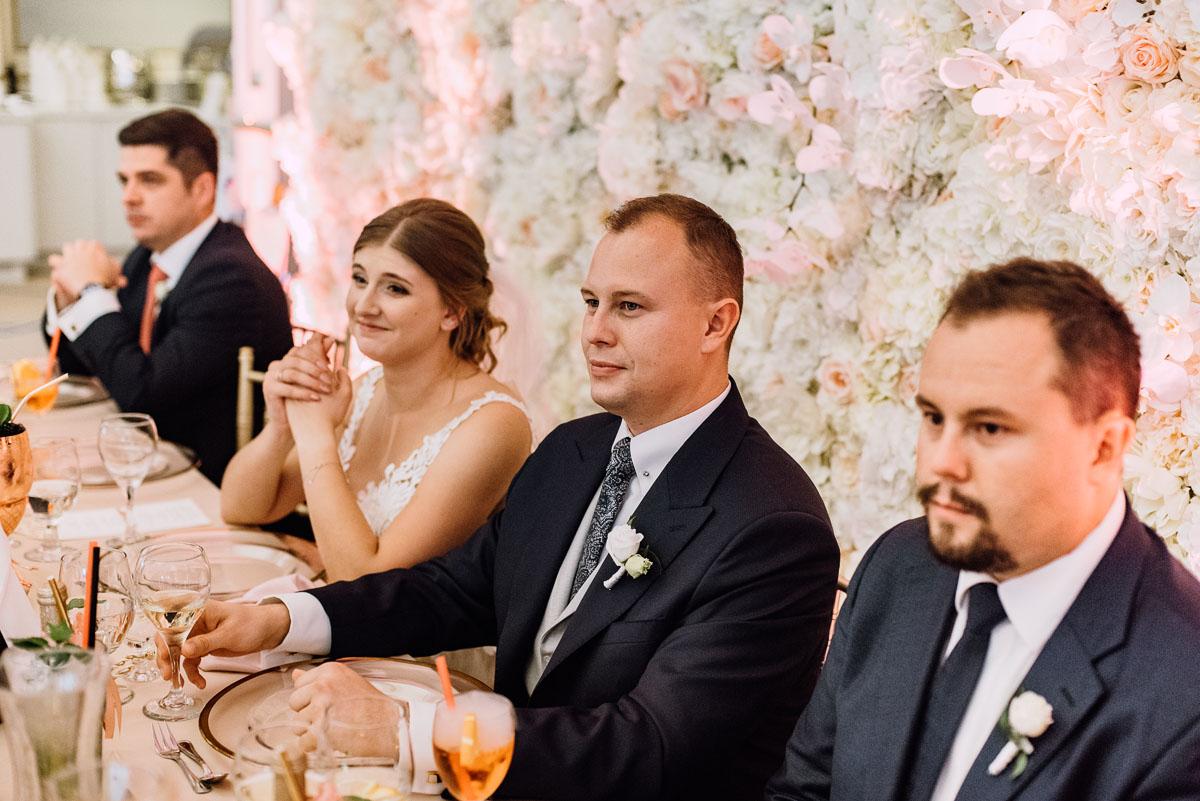 slub-plenerowy-w-kolorze-rozowego-szampana-natalia-i-kazimierz-palac-romantyczny-turzno-swietliste-fotografujemy-emocje-189