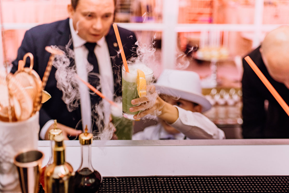 slub-plenerowy-w-kolorze-rozowego-szampana-natalia-i-kazimierz-palac-romantyczny-turzno-swietliste-fotografujemy-emocje-205