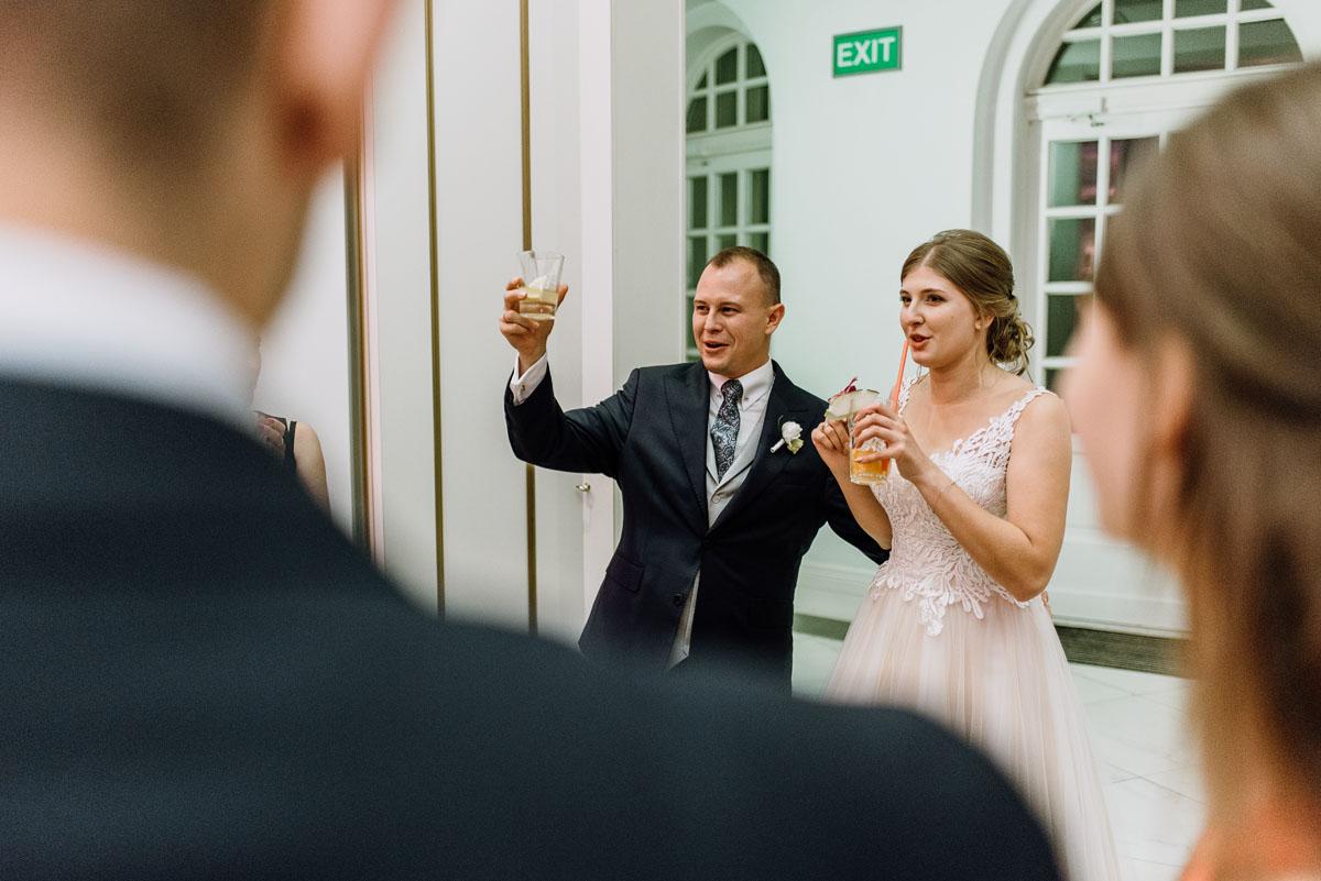 slub-plenerowy-w-kolorze-rozowego-szampana-natalia-i-kazimierz-palac-romantyczny-turzno-swietliste-fotografujemy-emocje-257