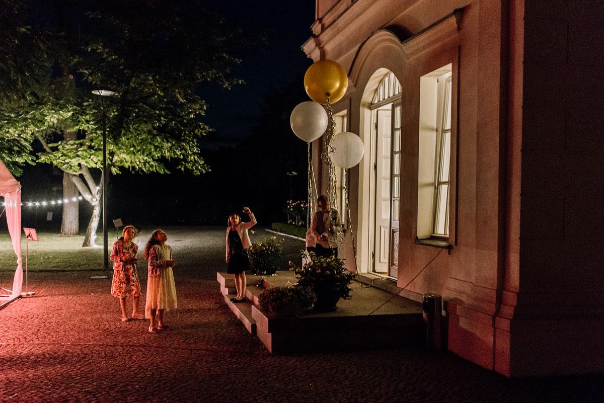 slub-plenerowy-w-kolorze-rozowego-szampana-natalia-i-kazimierz-palac-romantyczny-turzno-swietliste-fotografujemy-emocje-279