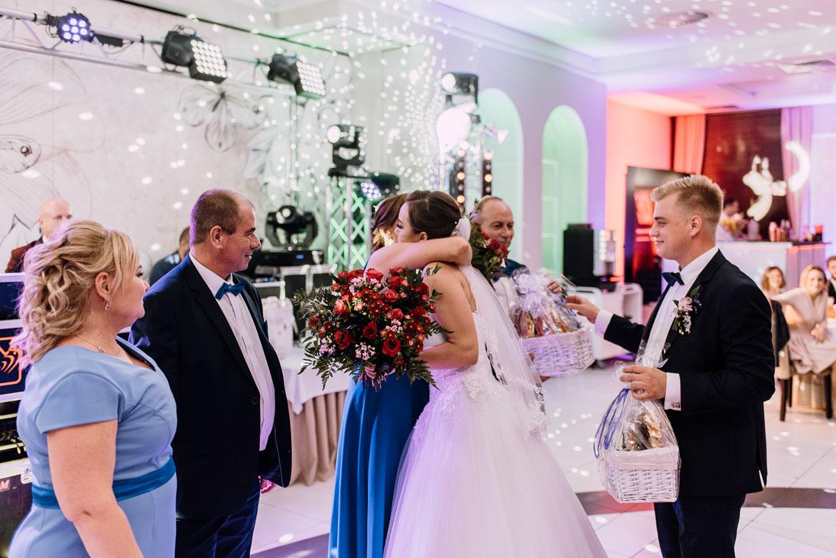 Reportaz-slubny-Bydgoszcz-slub-Bazylika-Wniebowziecia-NMP-Koronowo-wesele-Hotel-Spa-Evita-Tlen-Swietliste-fotografujemy-emocje-Magda-Kamil-223