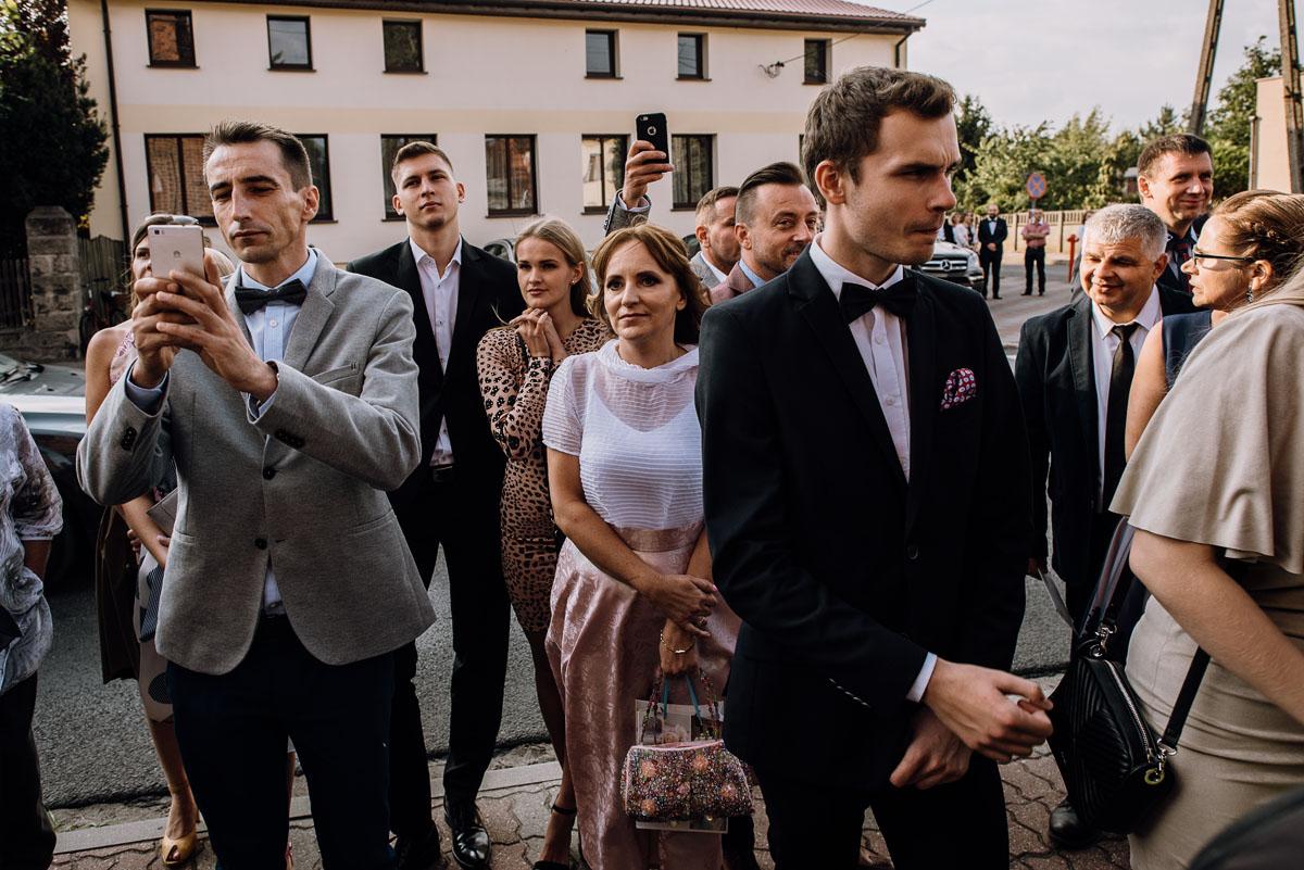 reportaz-slubny-Joanna-Michal-slub-kosciol-sw-Mikolaja-wesele-Gwarek-Slesin-zespol-HeyCity-100