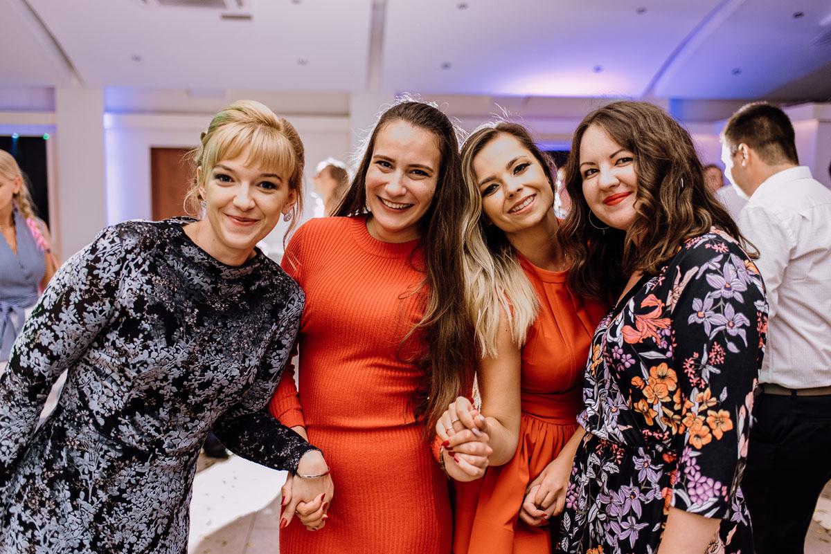 reportaz-slubny-Joanna-Michal-slub-kosciol-sw-Mikolaja-wesele-Gwarek-Slesin-zespol-HeyCity-231