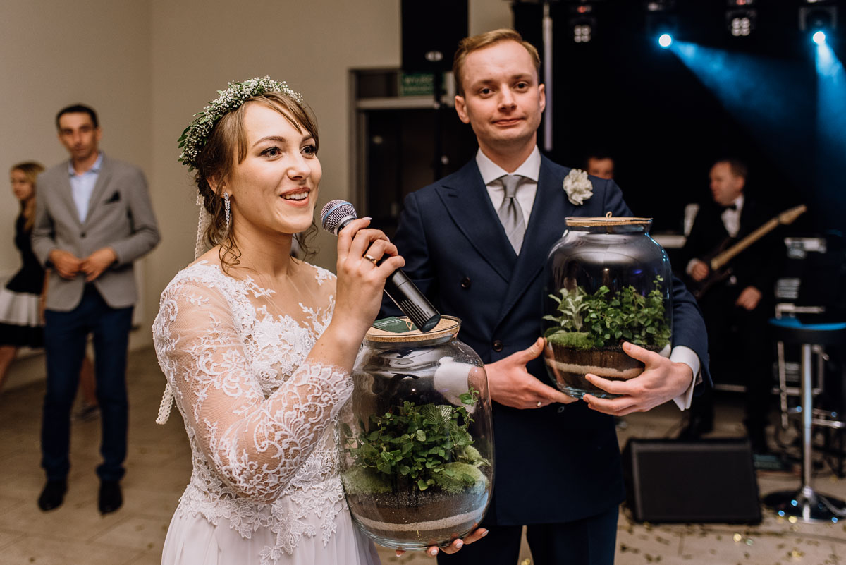 reportaz-slubny-Joanna-Michal-slub-kosciol-sw-Mikolaja-wesele-Gwarek-Slesin-zespol-HeyCity-253