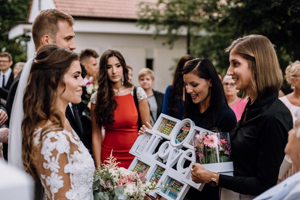 Reportaz-slubny-Bydgoszcz-slub-parafia-Podwyzszenia-Krzyza-Sw-Osie-wesele-Hotel-Spa-Evita-Tlen-Swietliste-fotografujemy-emocje-Patrycja-Dawid-133