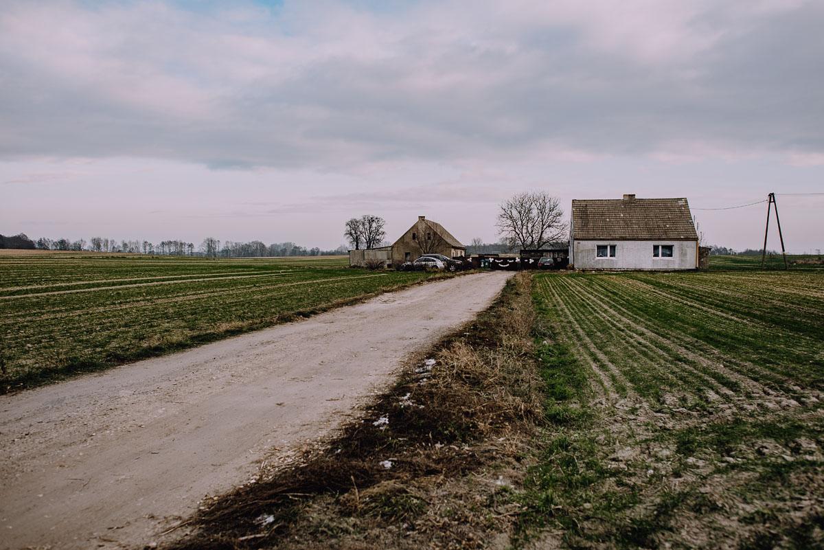 Reportaz-slubny-Laskowice-slub-parafia-Niepokalanego-Serca-NMP-Hotel-Vistula-Swiecie-Swietliste-fotografujemy-emocje-Kasia-Blazej-001