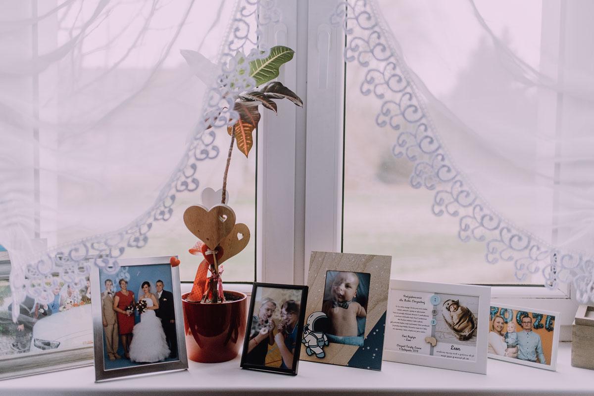 Reportaz-slubny-Laskowice-slub-parafia-Niepokalanego-Serca-NMP-Hotel-Vistula-Swiecie-Swietliste-fotografujemy-emocje-Kasia-Blazej-003