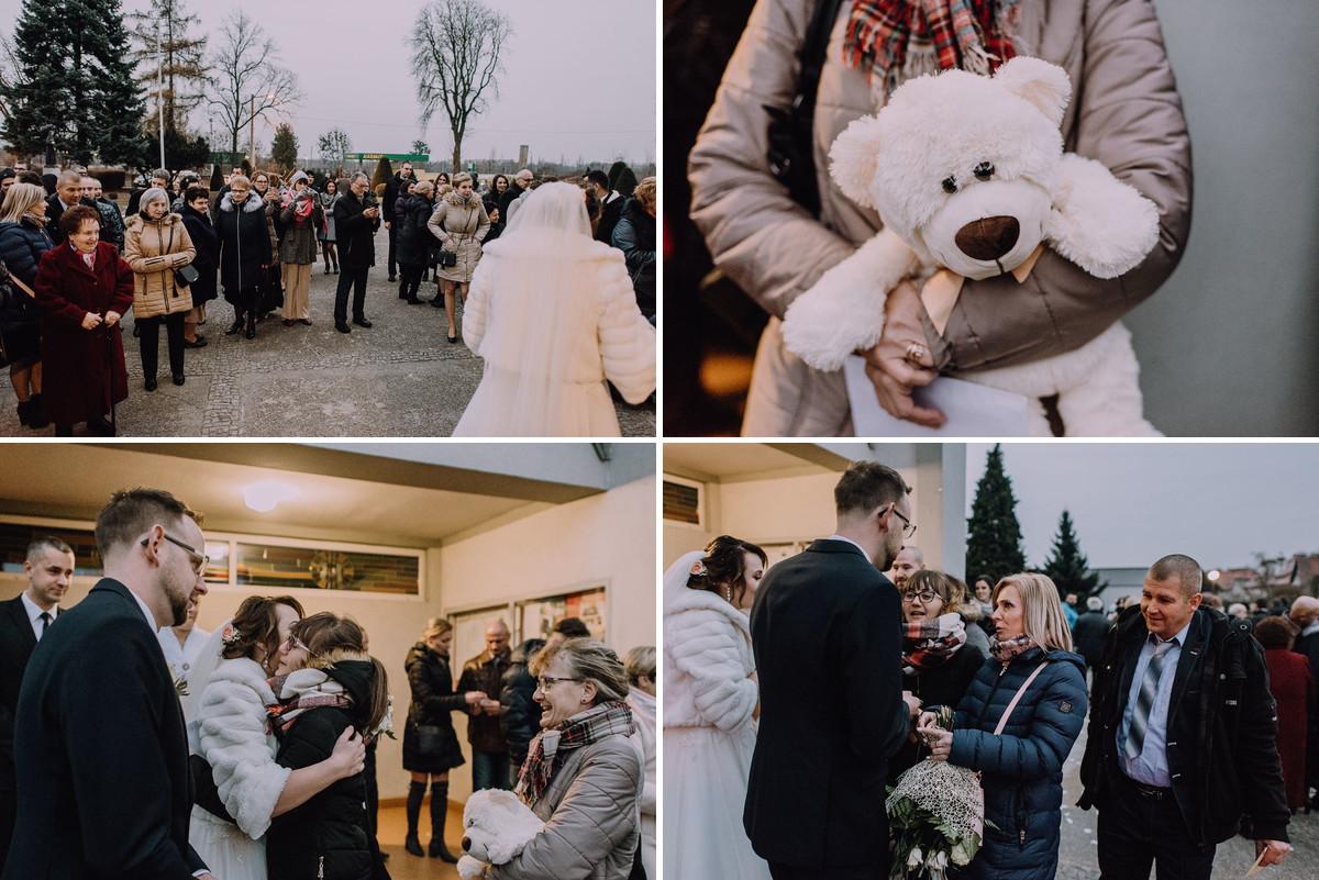 Reportaz-slubny-Laskowice-slub-parafia-Niepokalanego-Serca-NMP-Hotel-Vistula-Swiecie-Swietliste-fotografujemy-emocje-Kasia-Blazej-065