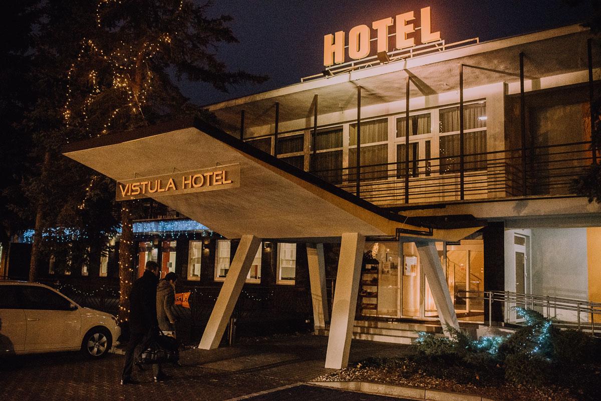 Reportaz-slubny-Laskowice-slub-parafia-Niepokalanego-Serca-NMP-Hotel-Vistula-Swiecie-Swietliste-fotografujemy-emocje-Kasia-Blazej-068