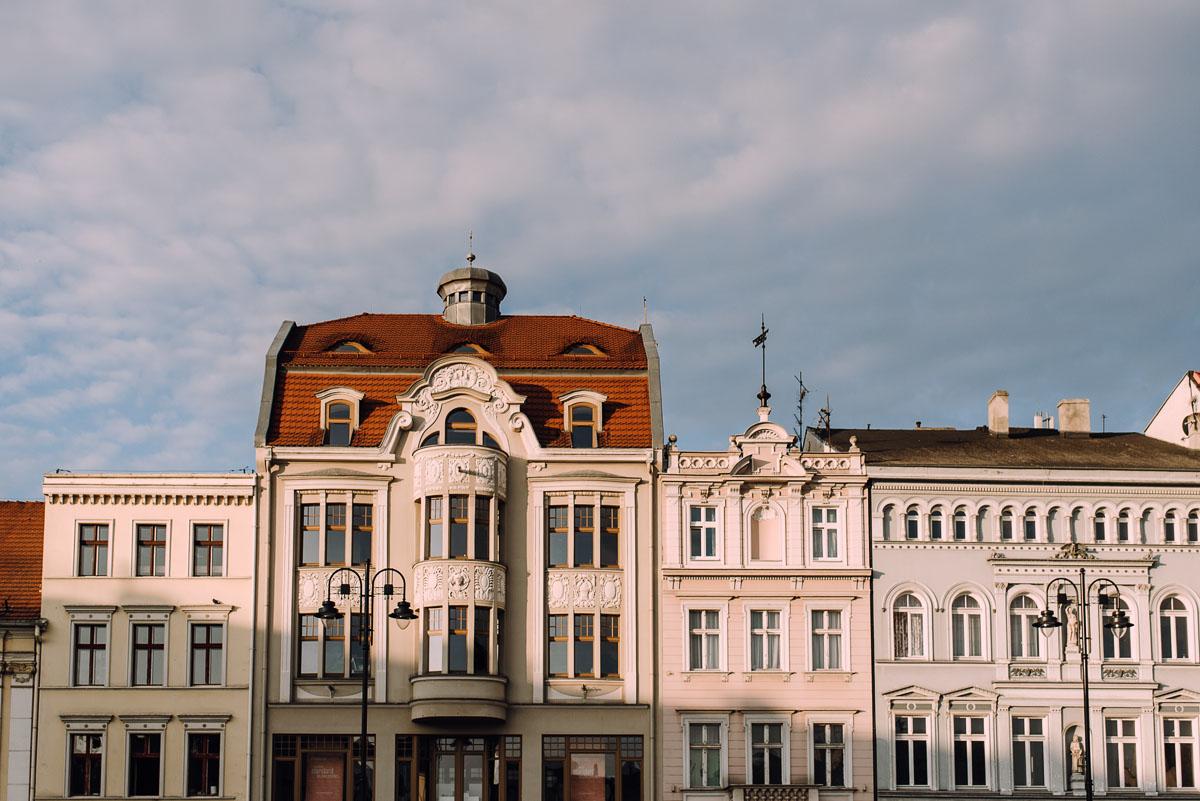 sesja-miejska-urban-lifestyle-Jatki6-Karafka-Wyspa-Mlynska-Stary-Rynek-Bydgoszcz-Angelika-Patryk-047